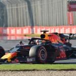 Chaotische vrije trainingen Formule 1 Grand Prix van Azerbeidzjan